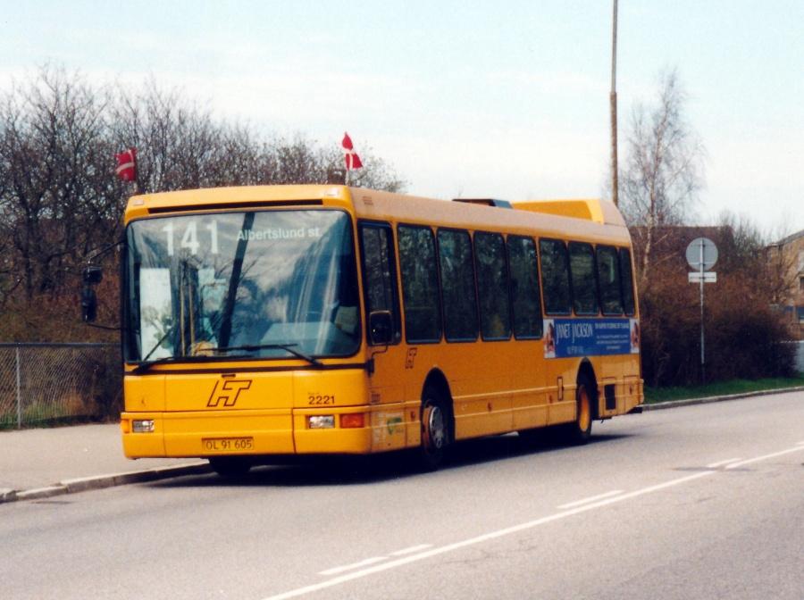 City-Trafik 2221/OL91605 på Vridsløsevej i Albertslund den 1, maj 2001