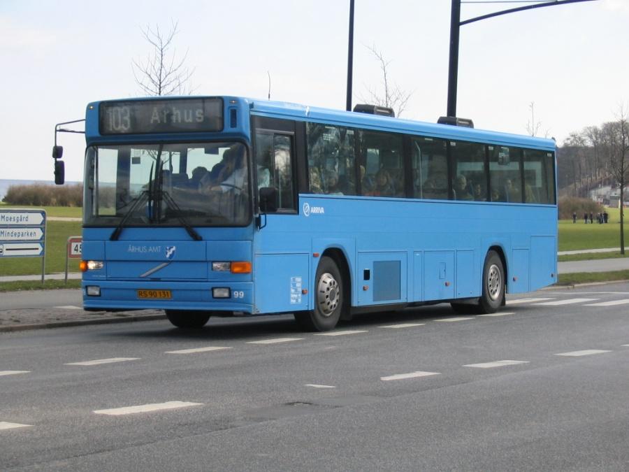 Arriva 99/RS90131 på Strandvejen i Århus den 26. marts 2004