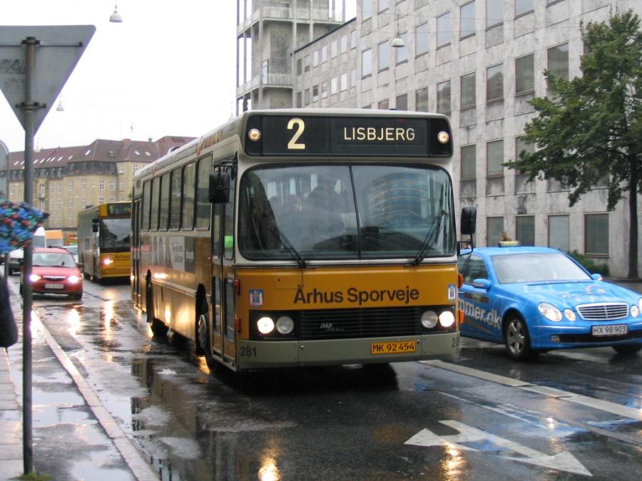 Århus Sporveje 281/MK92454 på Park Allé i Århus den 20. september 2004