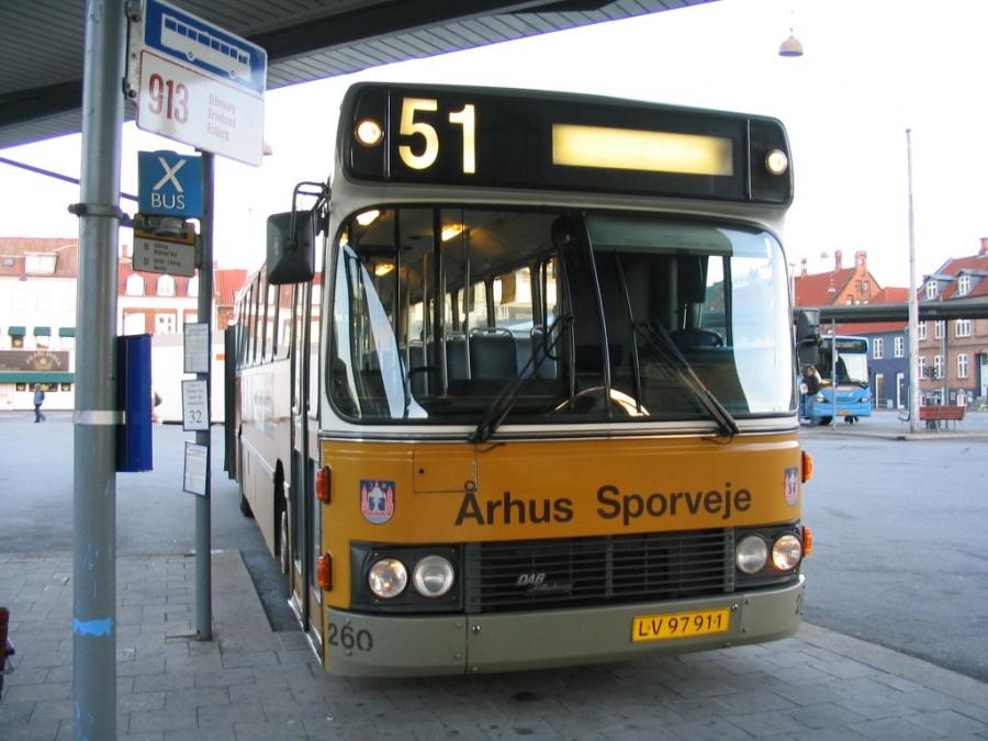 Århus Sporveje 260/LV97911 på Århus Rutebilstation den 24. september 2004. Linie 51s sidste morgenafgang