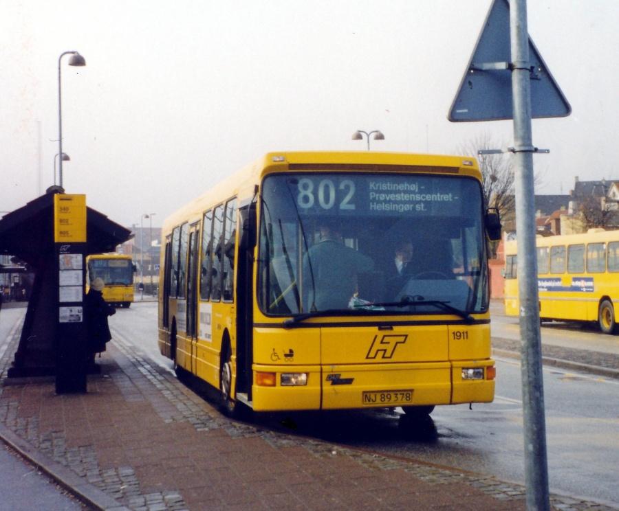 Arriva 1911/NJ89378 ved Helsingør Station den 15. februar 2000