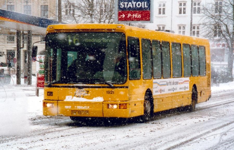 Arriva 1921/NK88005 i Vendersgade i København den 4. februar 2001
