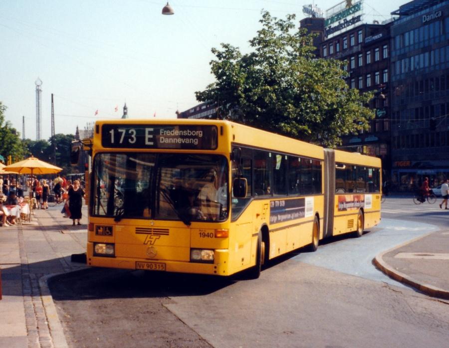 Arriva 1940/NV90315 ved Rådhuspladsen/Amagerterminalen i København den 4. august 1999