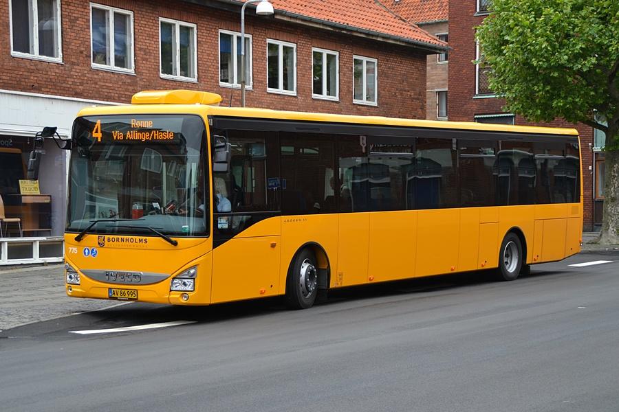 BAT 775/AV86995 i Snellemark i Rønne den 28. juni 2015