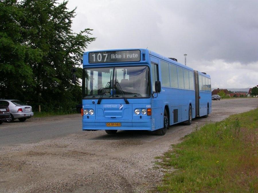 Connex 2505/OS89983 i garagen i Skanderborg den 12. juni 2004