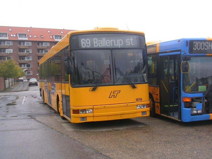 Arriva 1819 på Gammelhavn i Vejle den 1. oktober 2004