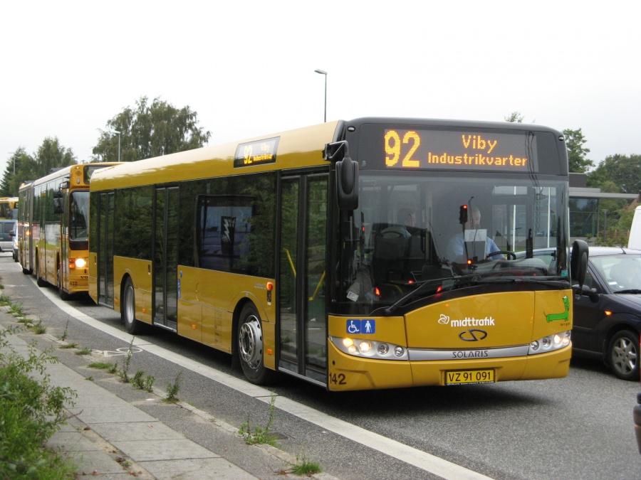 Århus Sporveje 142/VZ91091 på Lystrupvej i Vejlby den 26. august 2008