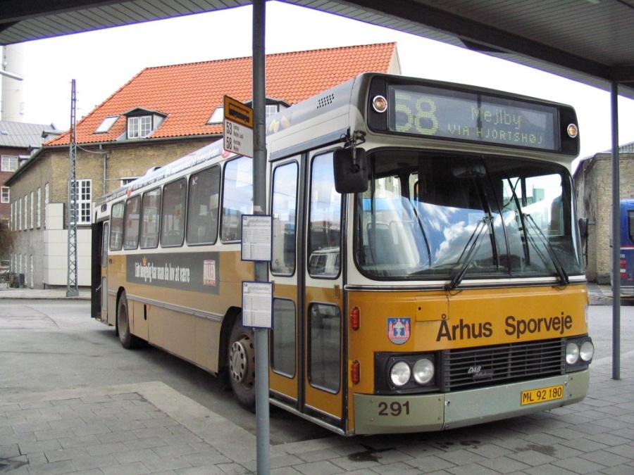 Århus Sporveje 291/ML92180 på Århus Rutebilstation den 14. marts 2005