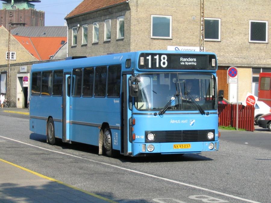 Connex 2412/NX93037 på Århus Rutebilstation den 15. juni 2005