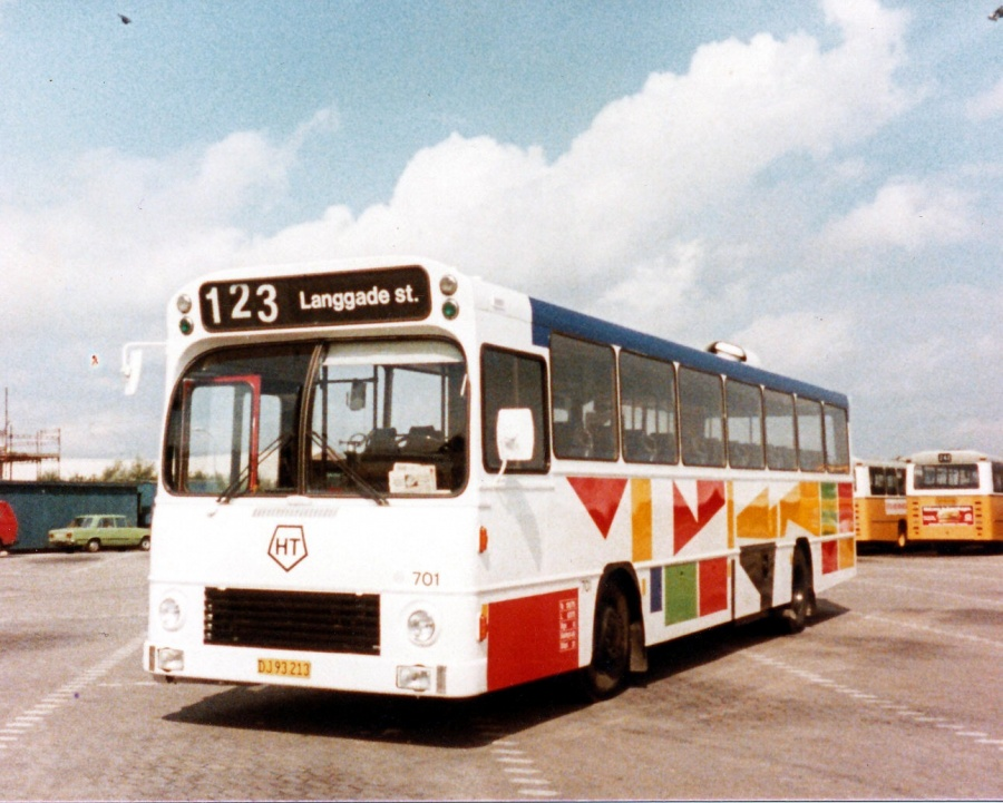 HT 701/DJ93213 i garagen i Roskilde i april 1985
