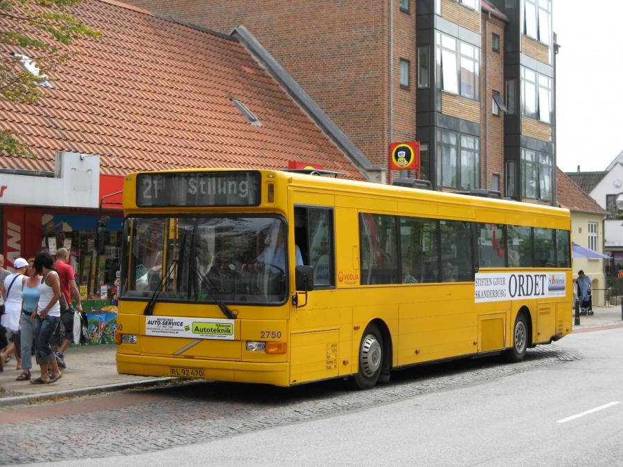 Veolia 2750/RL92470 på Adelgade i Skanderborg den 10. august 2007