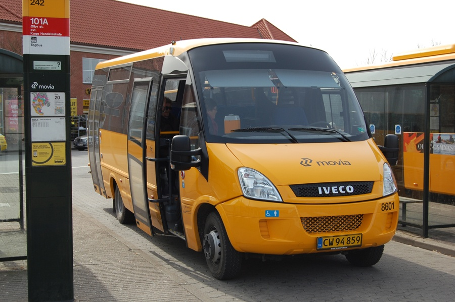 Strøby Turist 8601/CW94859 ved Ølby st. den 3. april 2012