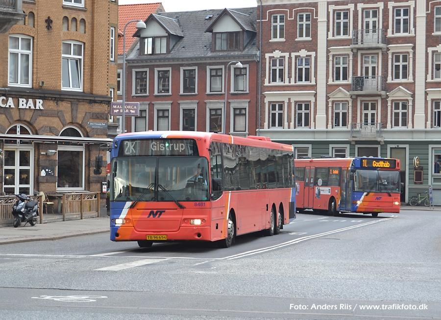 Arriva 8481/TB96654 på John F. Kennedys Plads i Aalborg den 12. april 2012