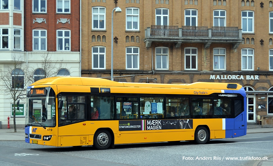 City-Trafik 679/BG92327 på Boulevarden i Aalborg den 12. april 2012