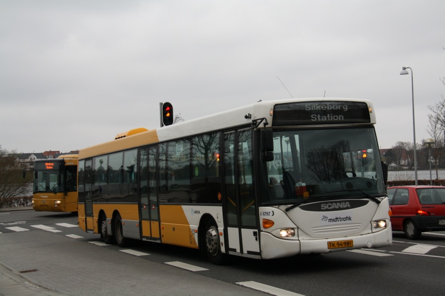 Arriva 8292/TK94981 på Godthåbsvej i Silkeborg den 28. marts 2012