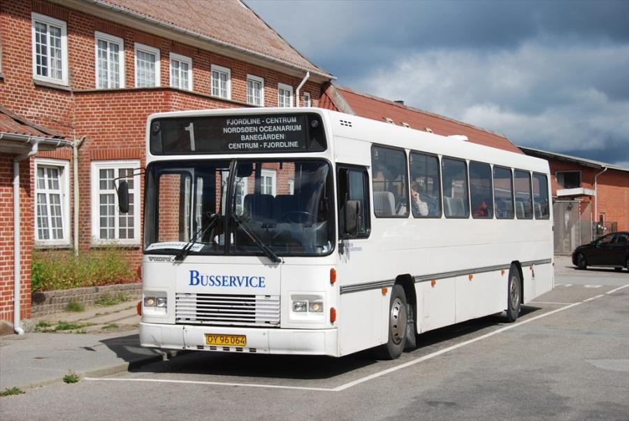 Vrå Busservice OY96064 i Hirtshals den 13. juli 2012