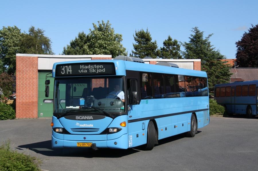 De Grønne Busser 34/TU89702 på Hammel Rutebilstation den 27. juni 2012