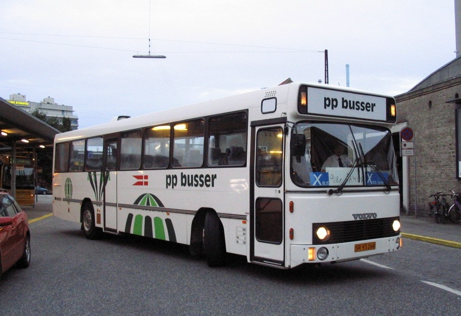 PP Busselskab SR93268 på Århus Rutebilstation den 30. september 2005