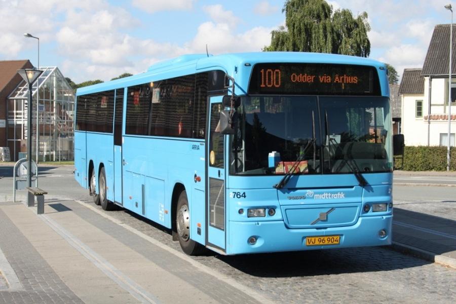 Arriva 2764/VJ96904 i Odder den 14. august 2012