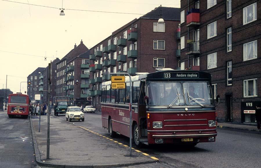 Hvidovre Rutebiler 55/AK92997 ved Valby st. i september 1974