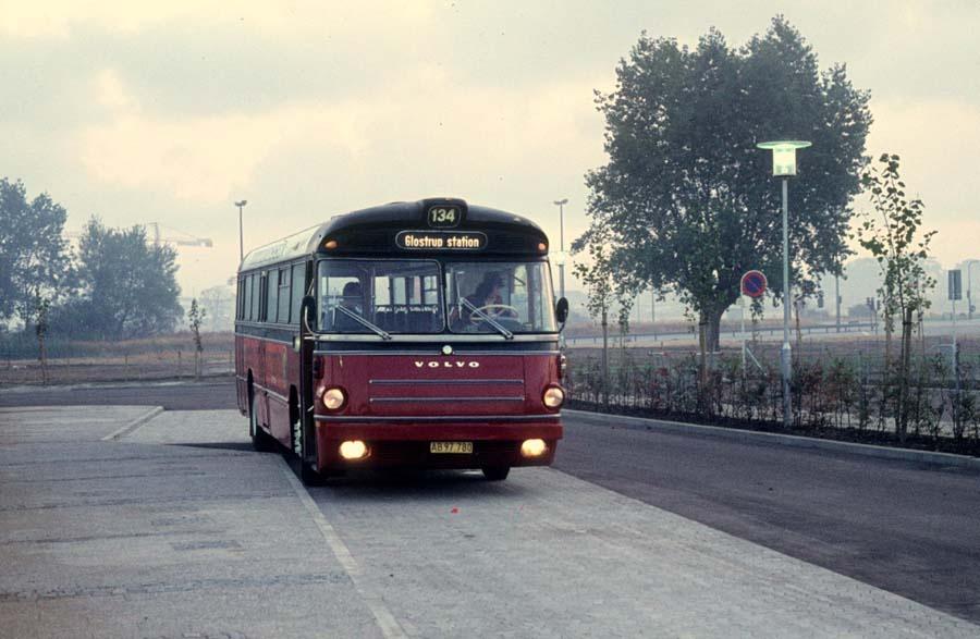 Hvidovre Rutebiler 48/AB97780 ved Ishøj st. den 25. september 1976