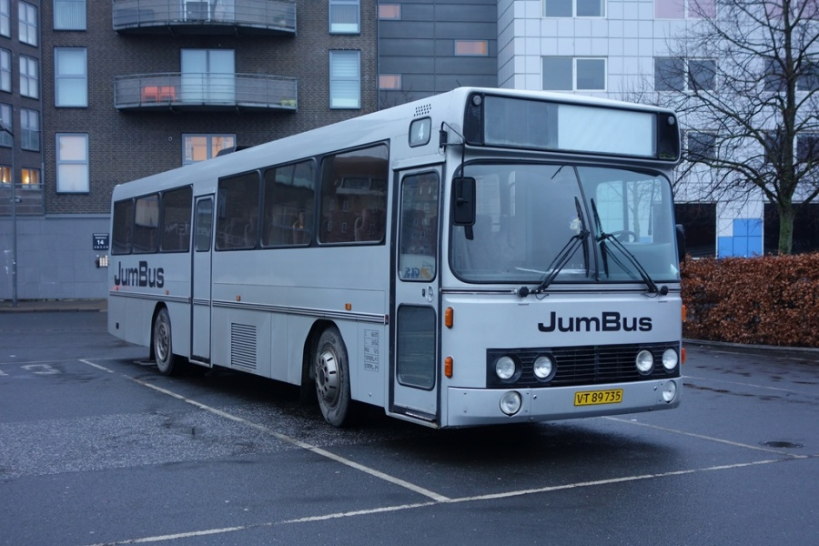 Jumbus VT89735 på Vejle Trafikcenter den 9. januar 2017