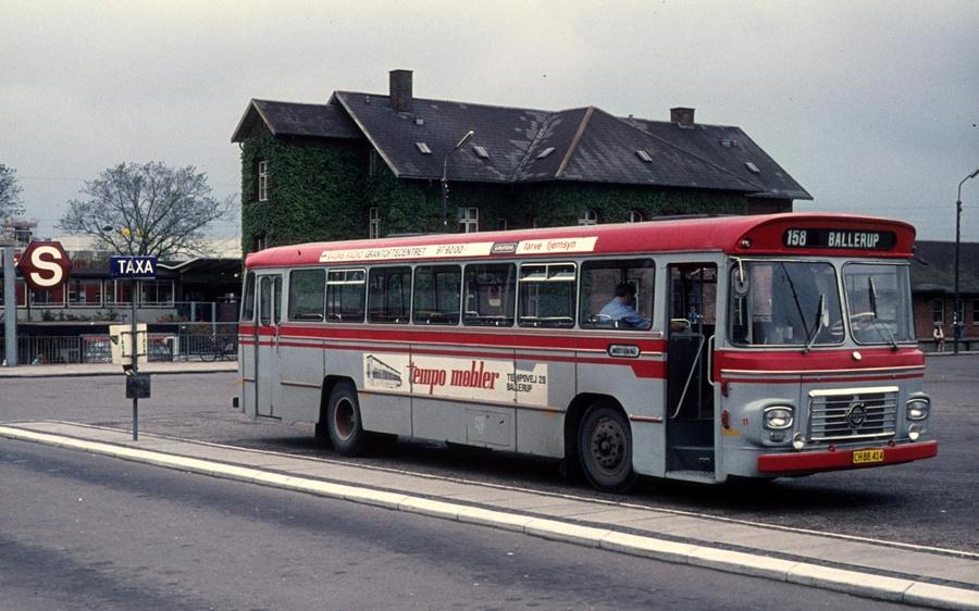 Jørgen Andersen 11/CH88414 ved Ballerup st. i september 1974