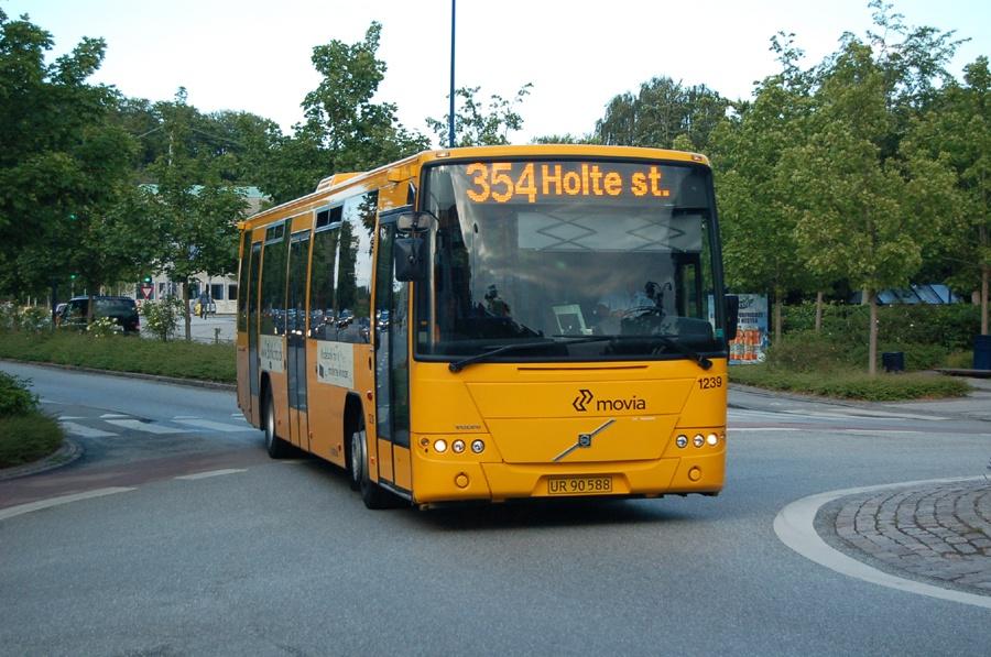 Arriva 1239/UR90588 ved Holte st. den 28. juni 2008