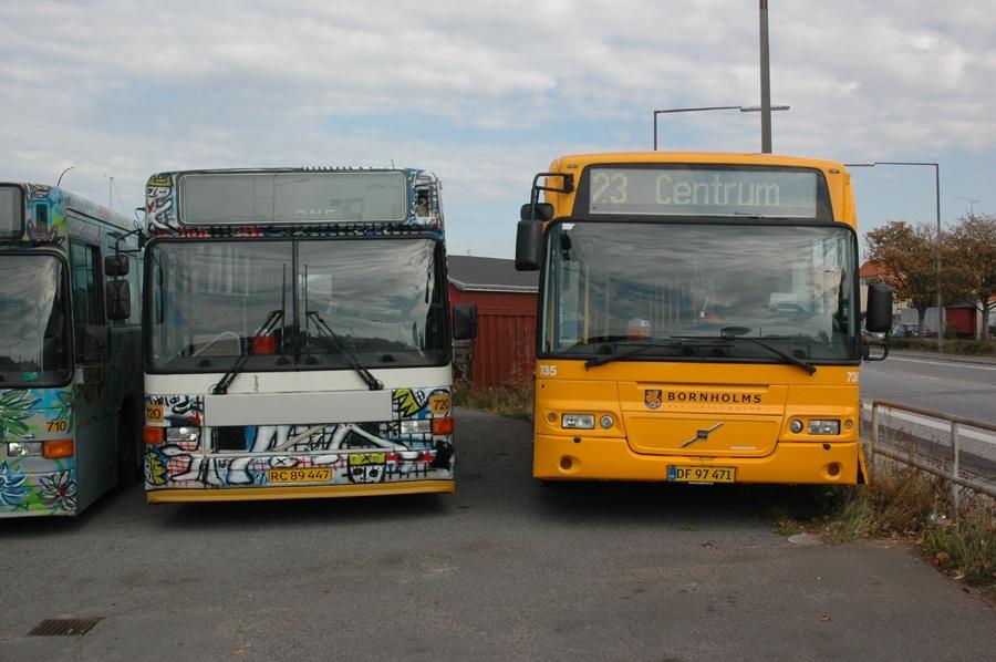 BAT 720/RC89447 og 735/DF97471 i Rønne den 29. september 2012