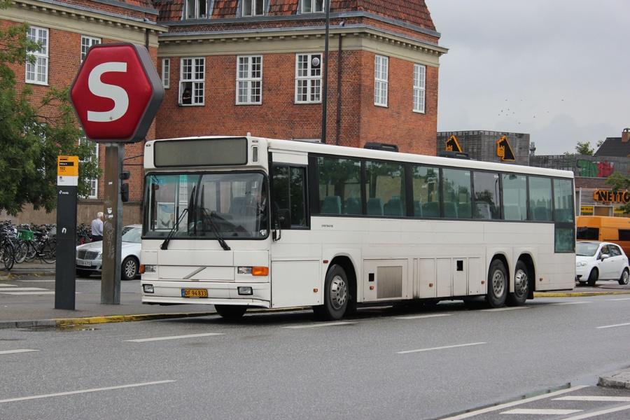 DF94833 ved Hellerup st. den 6. august 2012