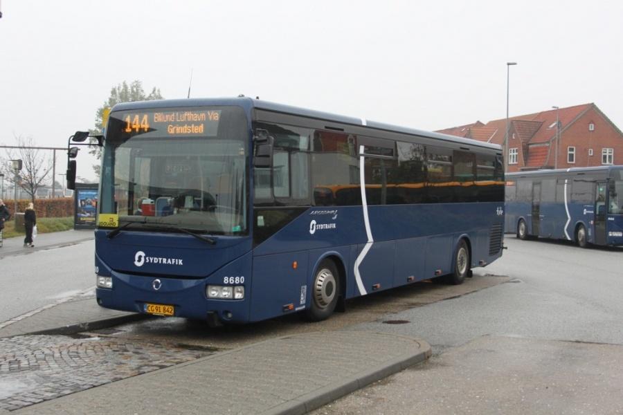 Tide Bus 8680/CG91842 ved Esbjerg station den 19. oktober 2012
