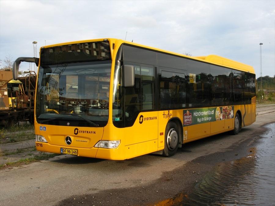 Tide Bus 8716/DF96146 i Bent Thykjærs garage i Vejle den 13. oktober 2012