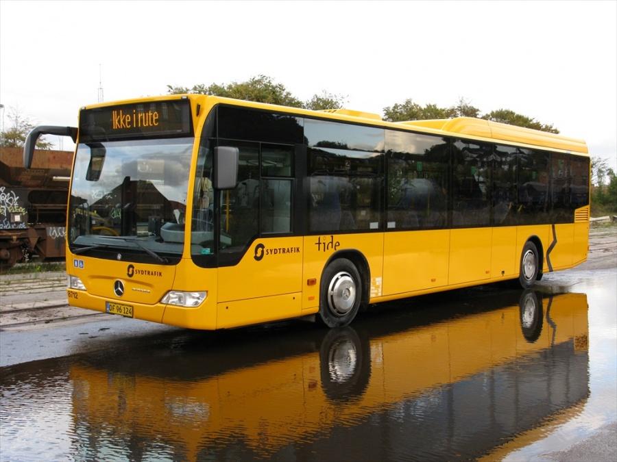Tide Bus 8712/DF96124 i Bent Thykjærs garage i Vejle den 8. oktober 2012