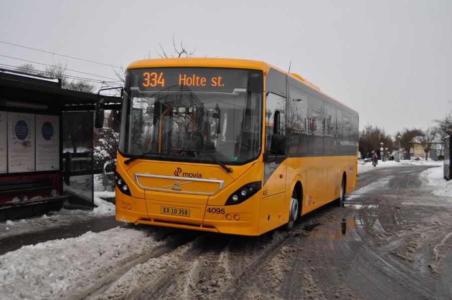 De Blaa Omnibusser 4095/XX10358 ved Stenløse st. den 12. december 2012