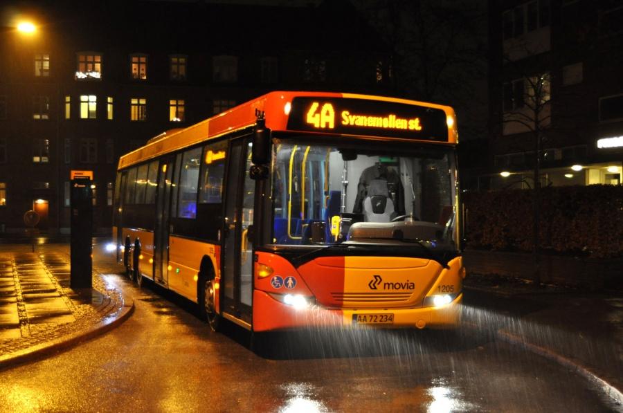 Arriva 1205/AA72234 ved Lergravsparken på Amager den 24. december 2012
