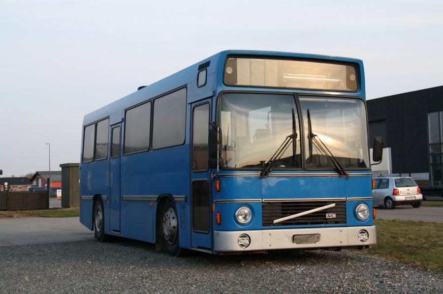 Ex Møllers Busser (PZ94115) på Birkmosevej i Ringkøbing 6. marts 2012
