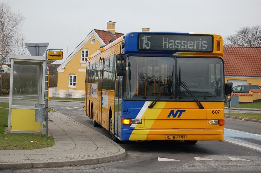 City-Trafik 607/SJ89595 i Hasseris den 13. februar 2008