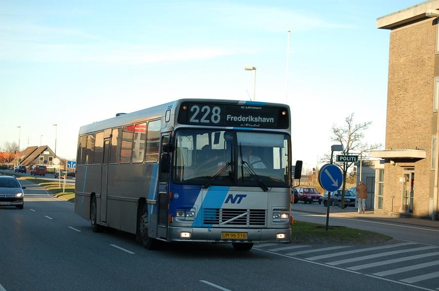 Tylstrup Busser 202/UM96316 i Frederikshavn den 13. februar 2008