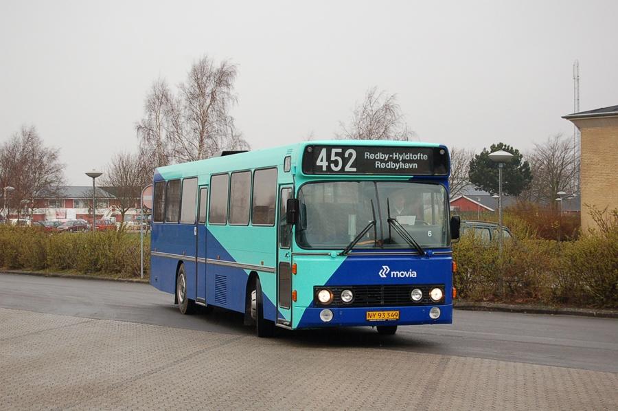 Skørringe Turistbusser 6/NY93349 i Rødby den 15. marts 2008