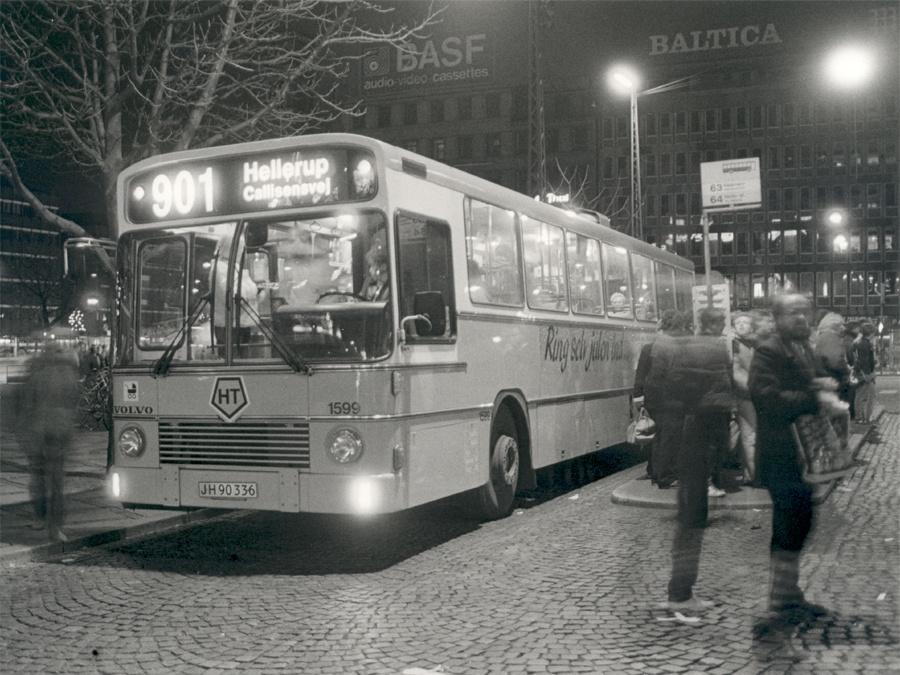HT 1599/JH90336 på Rådhuspladsen i København den 14. december 1984