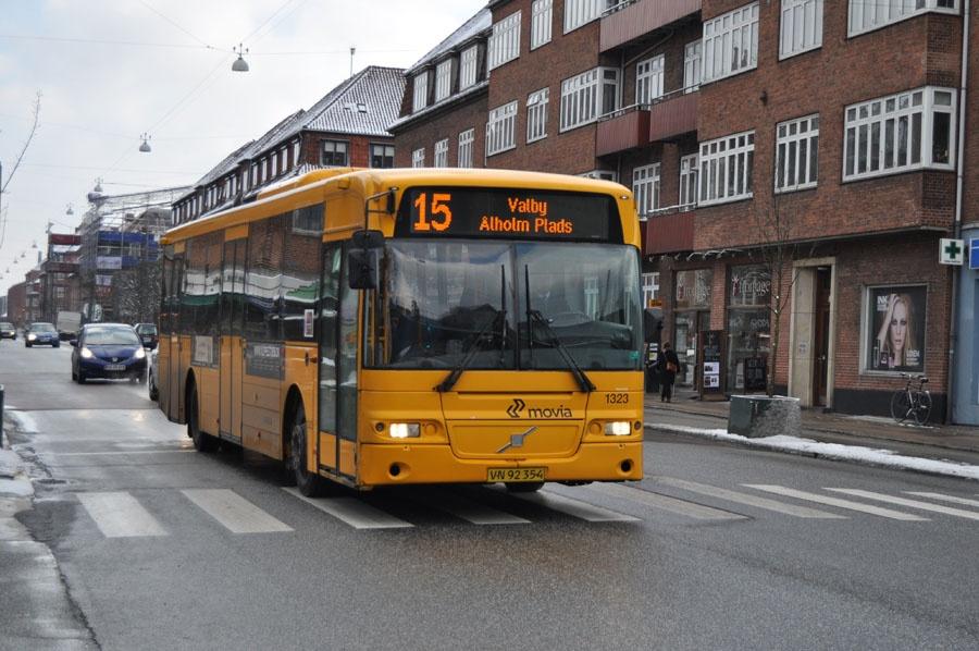 Arriva 1323/VN92354 på Peter Bangs Vej på Frederiksberg den 14. marts 2013