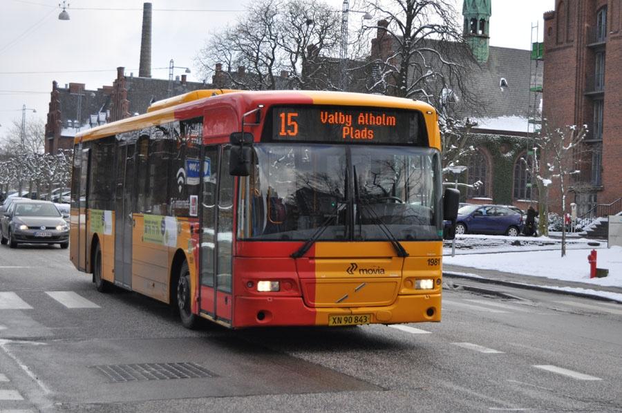 Arriva 1981/XN90843 på Peter Bangs Vej på Frederiksberg den 14. marts 2013