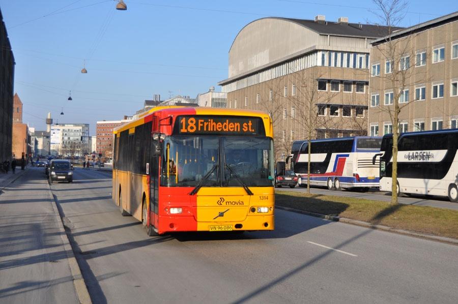 Arriva 1314/VN96086 på Jagtvej i København den 15. marts 2013