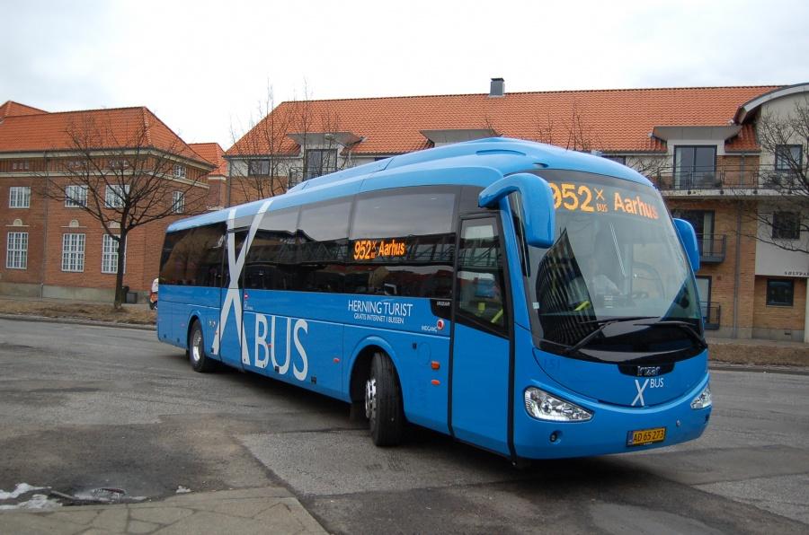 Brande Buslinier 151/AD65273 på Herning Rutebilstation den 30. marts 2013