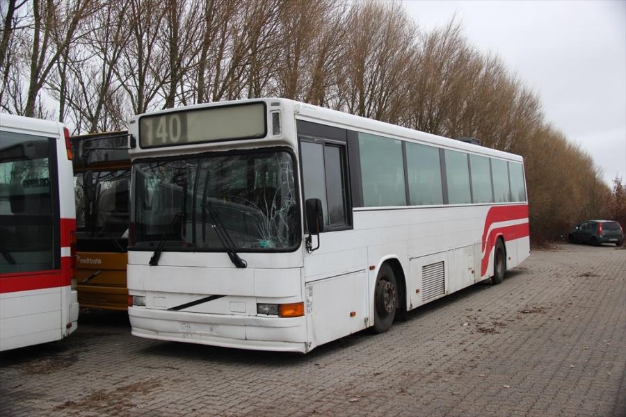 Buscenter Vest den 2. marts 2013