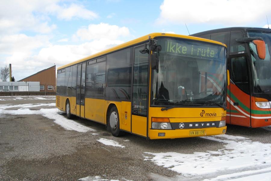 Egons Turist- og Minibusser 3804/VX88173 i Slagelse den 25. marts 2013