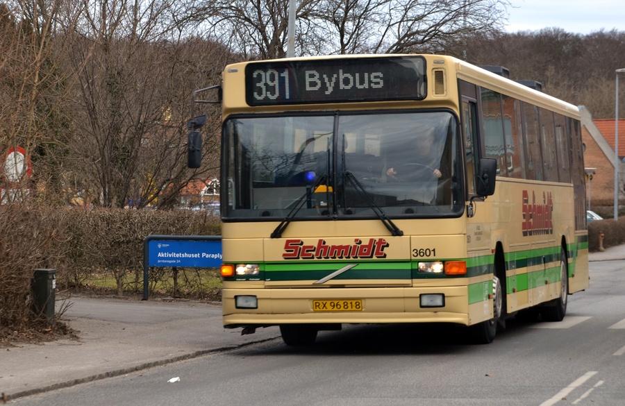 Schmidts Turisttrafik 3601/RX96818 i Frederiksværk den 7. marts 2013