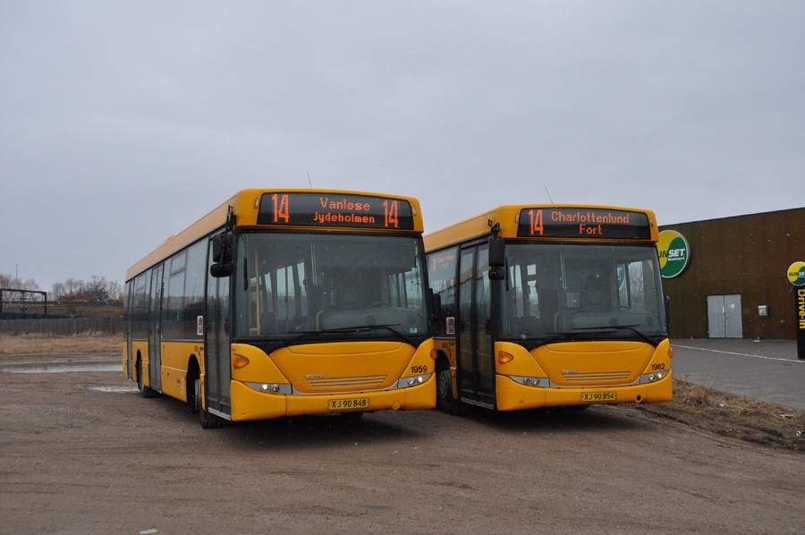 Arriva 1959/XJ90848 og 1962/XJ90854 i Nyborg den 30. marts 2013