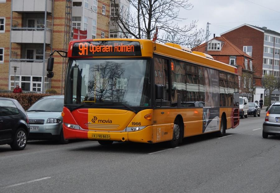 Arriva 1966/XJ90863 på Peter Bangs Vej på Frederiksberg den 29. april 2013