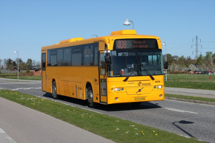 Ditobus 4669/VU94886 på Kaserne Parkvej i Ringsted den 2. maj 2012